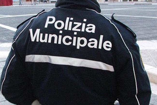 Polizia Municipale, soccorso un uomo nei pressi del Carrefour