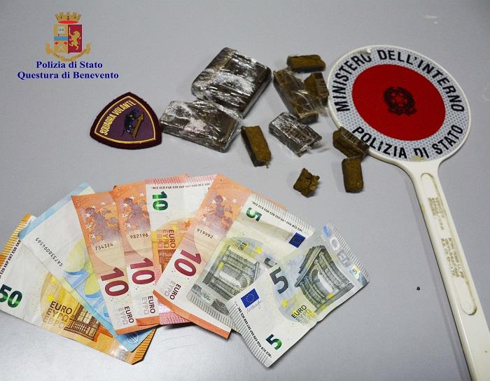 Benevento. Arrestata pusher sedicenne in Piazza Piano di Corte