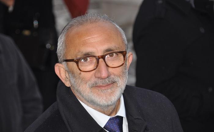 Creta Direttore dell'Area Archeologica del Teatro Romano e del Museo Caudino Gli auguri di Claudio Ricci.