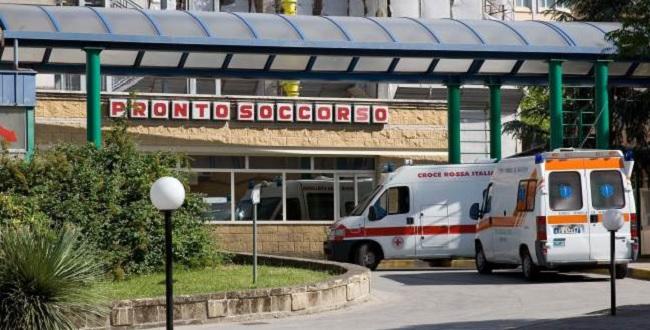 """Azienda San Pio, IoX Benevento:""""Pizzuti annulla la Delibera che Favoriva una Clinica Privata di Avellino"""""""