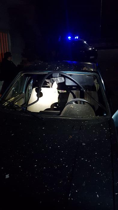 Bonea. Ordigno esplosivo distrugge un auto.