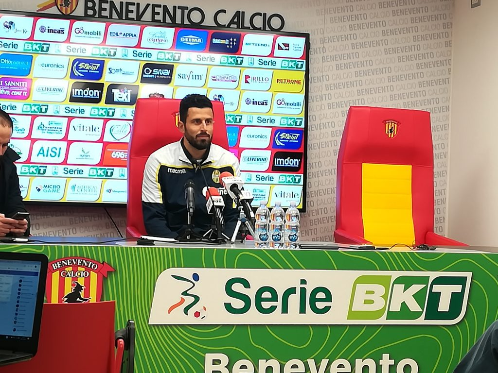 In sala stampa Bucchi non si presenta, viene Montipò. Per il Verona l'allenatore Grosso