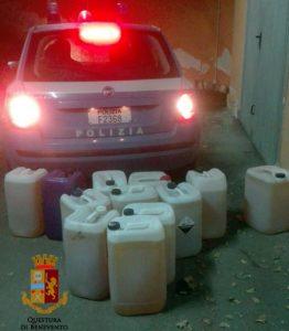 Rubava gasolio dai veicoli trasportati La Polizia di Stato rinviene centinaia di litri di carburante