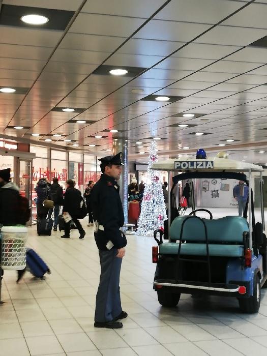 Polizia Ferroviaria. Flash Mob nelle principali stazioni ferroviarie della Campania