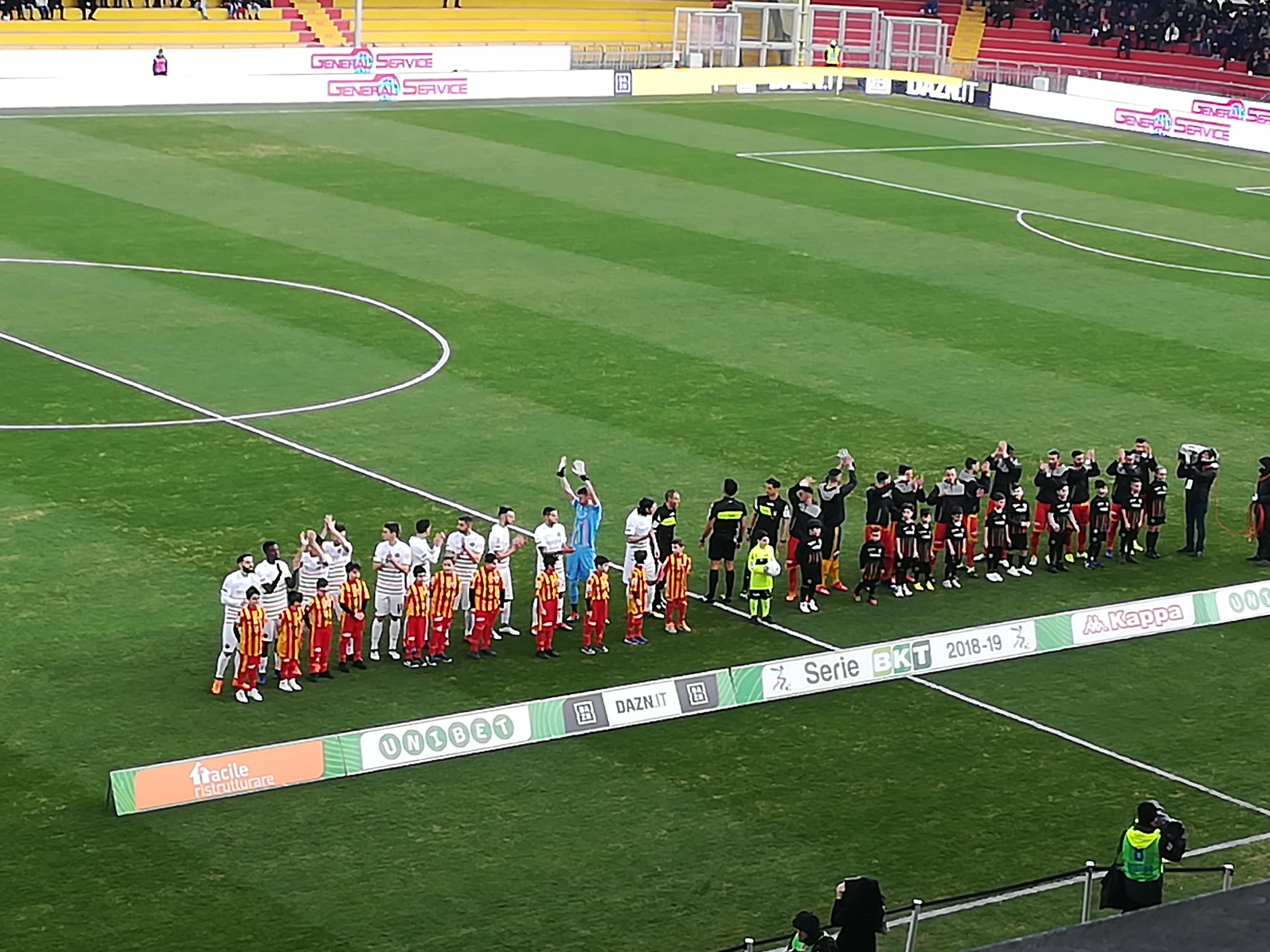 Riprende il cammino il Benevento battendo il Venezia per tre reti a zero