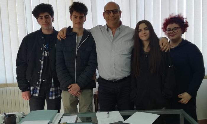 """Gesesa: rinnovata la convenzione scuola – lavoro con il Liceo Artistico """"Virgilio"""" di Benevento."""