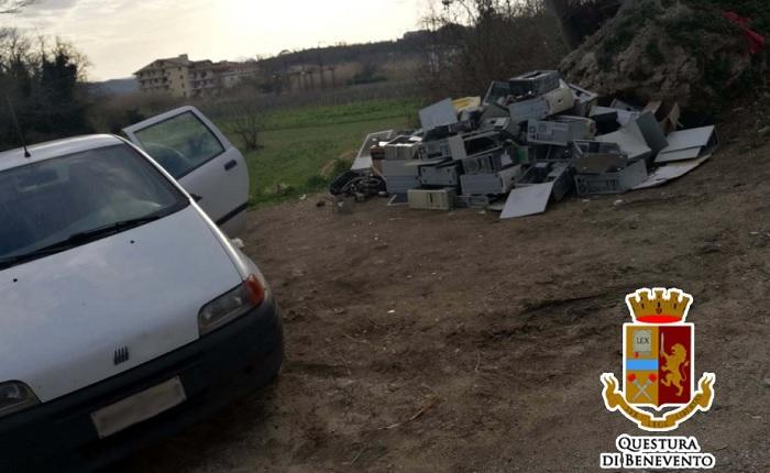 Telese Terme, scoperta area con rifiuti non autorizzati.Denunciato dalla Polizia un pregiudicato intento a scaricare.
