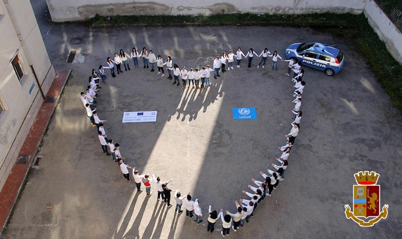 """Giornata Nazionale contro Bullismo e il Cyberbullismo.La Polizia di Stato presso l'Istituto """"F. Torre"""""""
