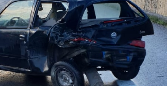 Telesina, ancora un incidente.Scontro tra auto restano ferite due automobiliste.
