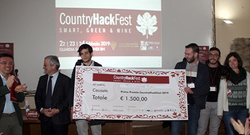 """Alla """"Fallowine"""" di San Cipriano d'Aversa il primo premio del """"Country Hack Fest 2019"""" di Guardia Sanframondi"""