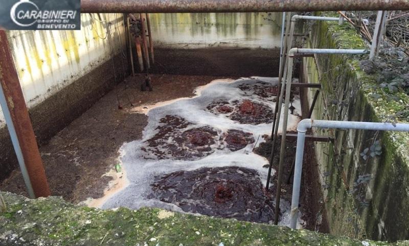 Il fiume Calore diventa rosso: i Carabinieri sequestrano scarico abusivo di un mattatoio.