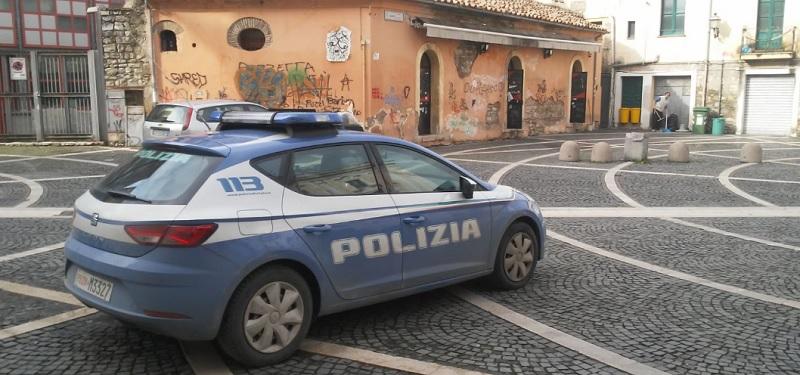 Benevento. Ruba una borsa in pieno centro storico: arrestato dalla Polizia