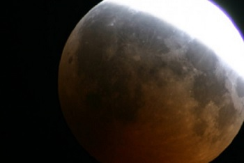 In arrivo la  Superluna del 19 febbraio.