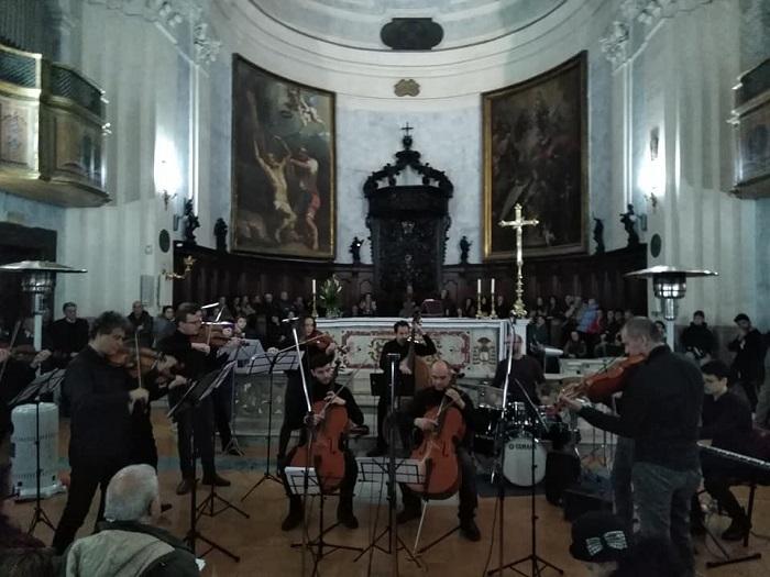 """""""Queen – Beatles. L'altro volto della musica"""", l'energia del rock trionfa nella Basilica di San Bartolomeo."""