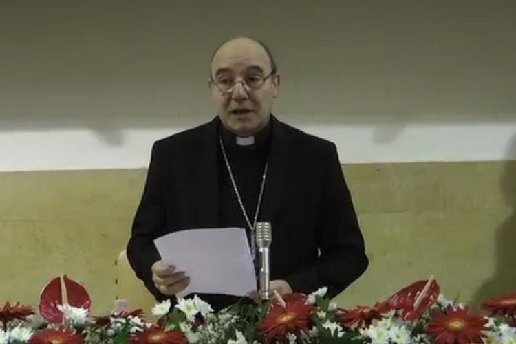 Economia ed etica: l'abbraccio difficile Confronto tra i vescovi Accrocca e Piazza