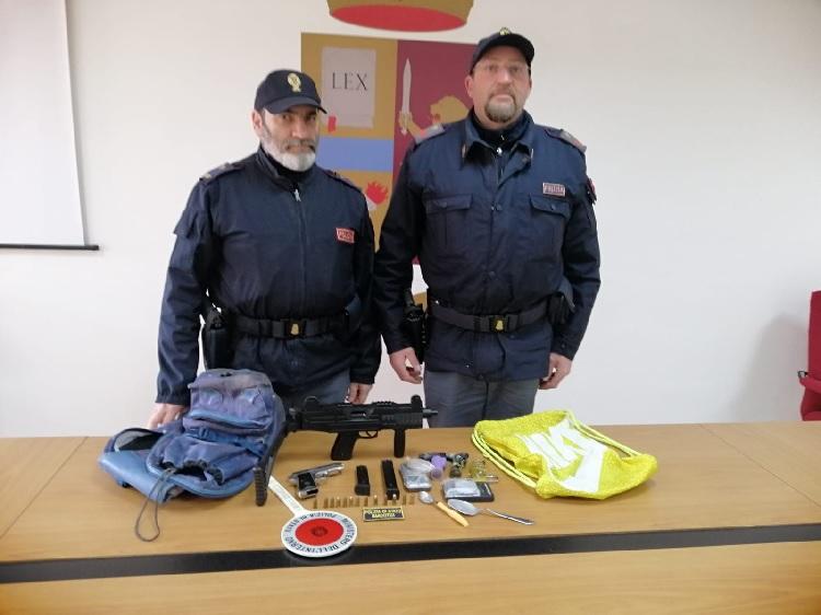 Benevento. Occultava armi in uno scantinato: denunciato dalla Polizia