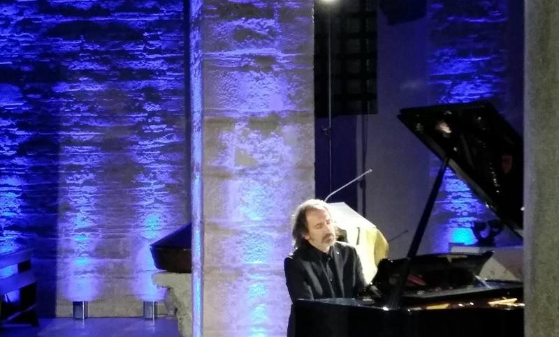 """""""Santa Sofia in Santa Sofia"""".L'incanto dei """"Notturni""""di Chopin: applausi convinti per il maestro Burato"""