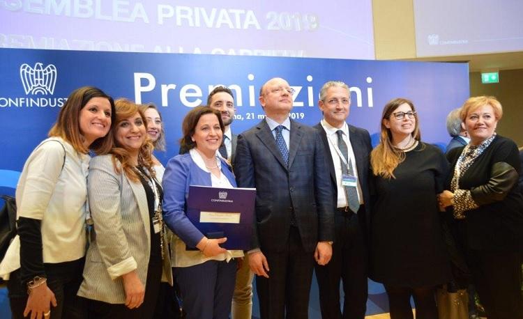 Confindustria conferisce la medaglia d'argento a Elena Iannace