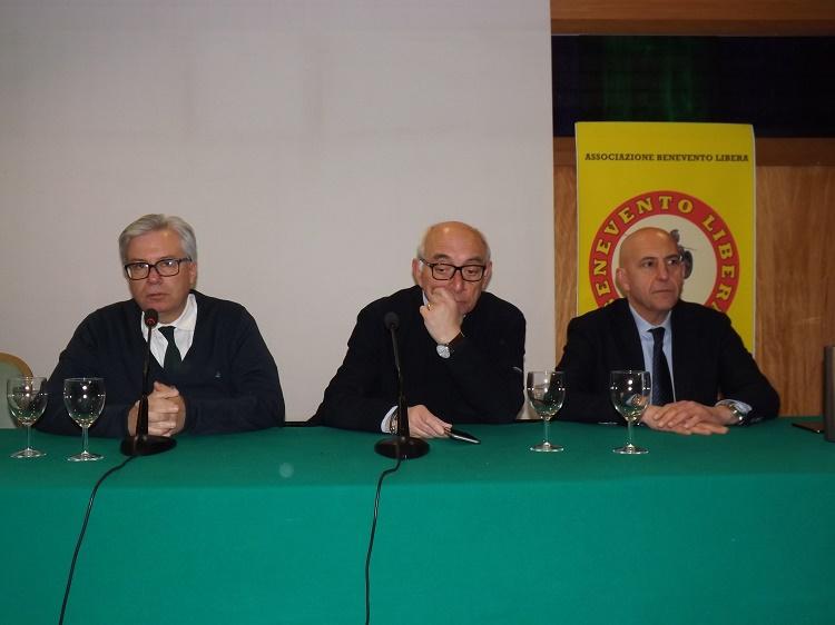 """Bocchino e Viespoli invitano a votare Lega per avere """"una svolta"""""""