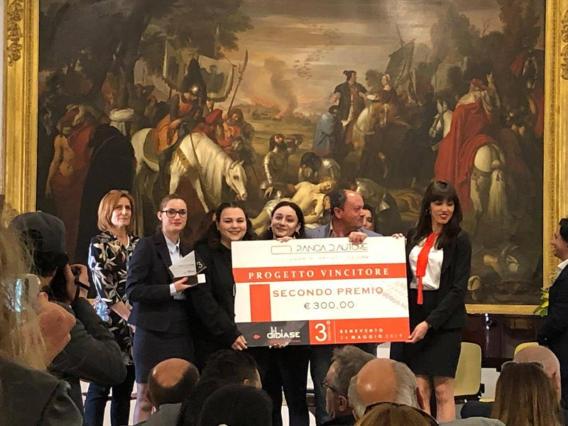 "Il Liceo Artistico ""Virgilio"" trionfa al concorso ""Panca d'Autore"""
