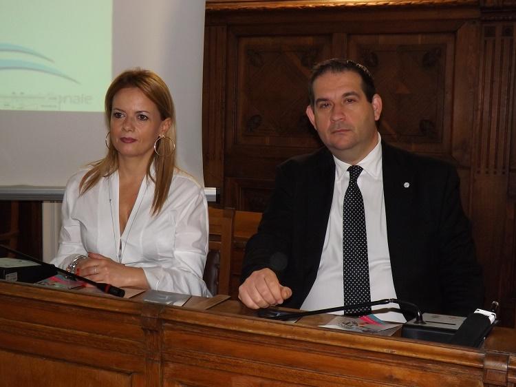 """Firmato accordo per la consegna e distribuzione gratuita dei farmaci ai diabetici dell' AsDIM """"Al di qua del Faro"""""""