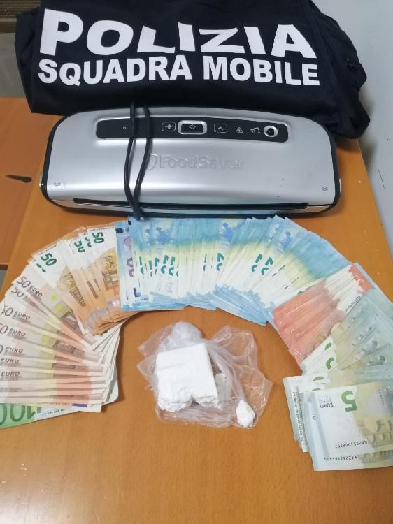 San Giorgio del Sannio: 3 pusher arrestati dalla Polizia