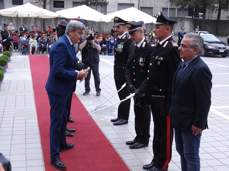 Nell'Annuale Cerimonia della Fondazione dei Carabinieri consegnati Encomi a Militari che si sono distinti