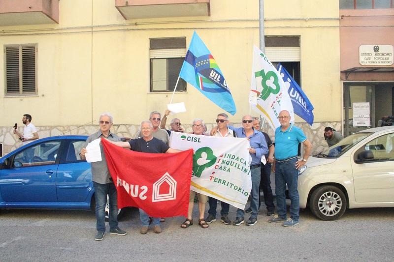IACP. Sindacati e sindacati degli inquilini sul piede di guerra contro De Luca