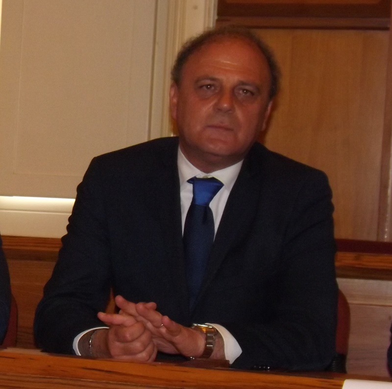 """Ambrosone : """" Ringrazio il sindaco On. Clemente Mastella per avermi riconfermato la fiducia quale assessore"""""""