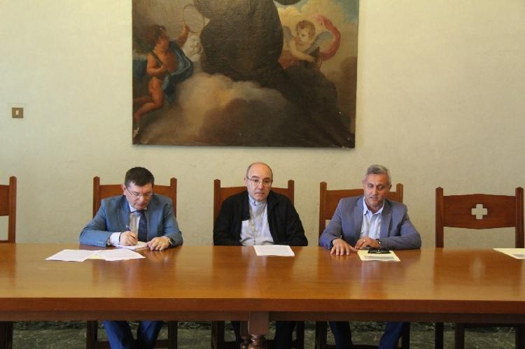 """Cives: anteprima al Liceo Classico """"Giannone"""" con la ricerca sull'identità territoriale"""