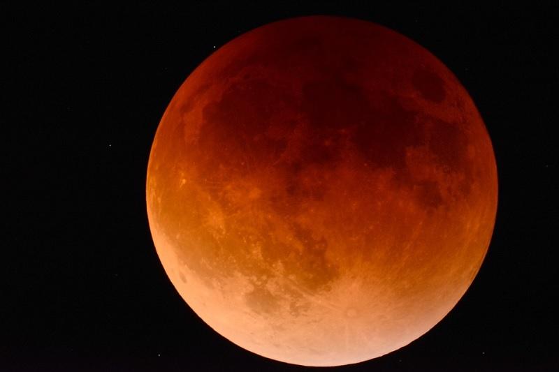 Domani Eclissi lunare, ecco come ammirarla.I consigli del Gruppo Astrofili Beneventani