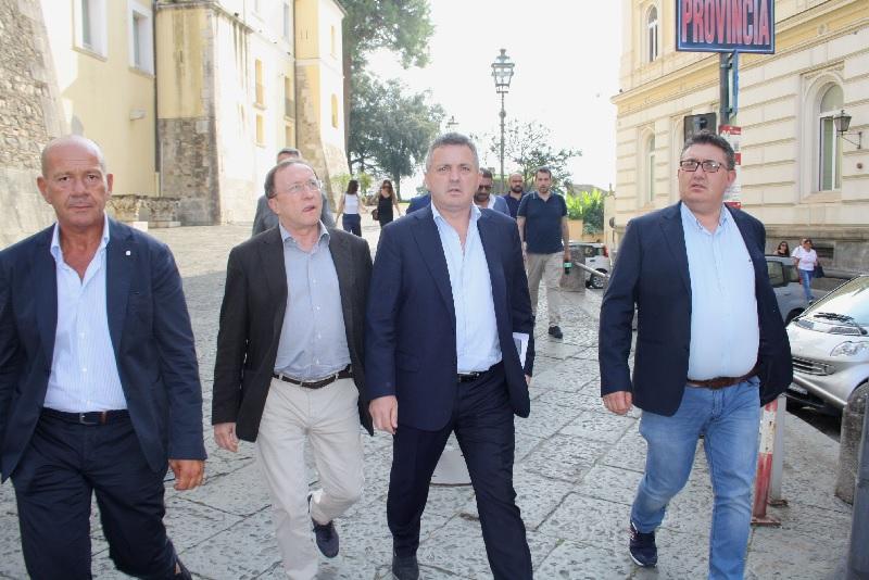 Il Vice Presidente della Regione Bonavitocola alla partenza del Treno storico Benevento-Pietrelcina-Assisi