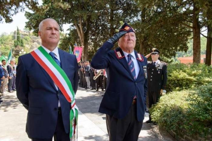 Reino, conferita la cittadinanza onoraria al generale di Corpo d'Armata, Massimo Iadanza.