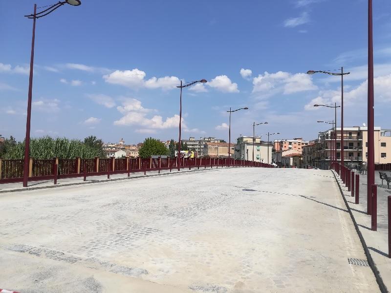 Terminati i lavori sul Ponte Santamaria degli Angeli. Oggi la riapertura