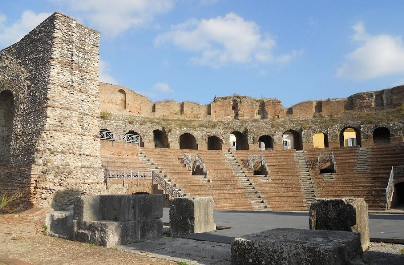 Domani Benevento festeggia San Bartolomeo.Nell'occasione ingresso gratuito al Teatro Romano