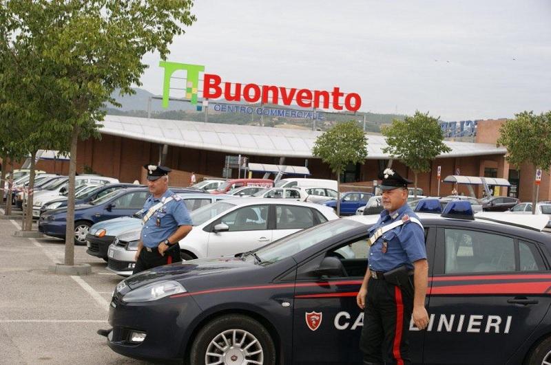 Benevento: i carabinieri denunciano quattro persone per furto e ricettazione