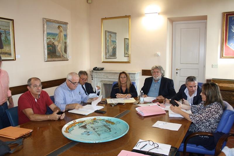 Approvato a maggioranza il Contratto di lavoro decentratto alla Provincia
