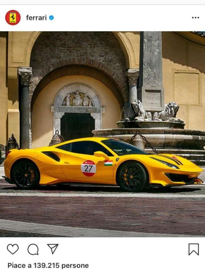 Mastella: La Ferrari  con Santa Sofia come sfondo su instagram è la risposta ai cantori del nulla
