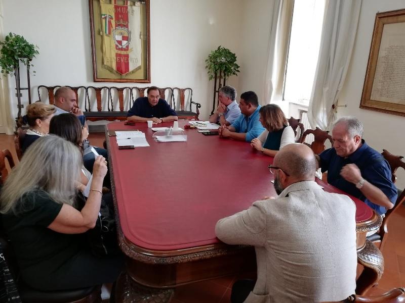 Benevento, Trasporto scolastico. La Trotta Bus individuerà delle soluzioni per superare le criticità