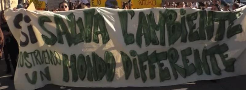 Fridays for Future: studenti in piazza in tutta la Campania