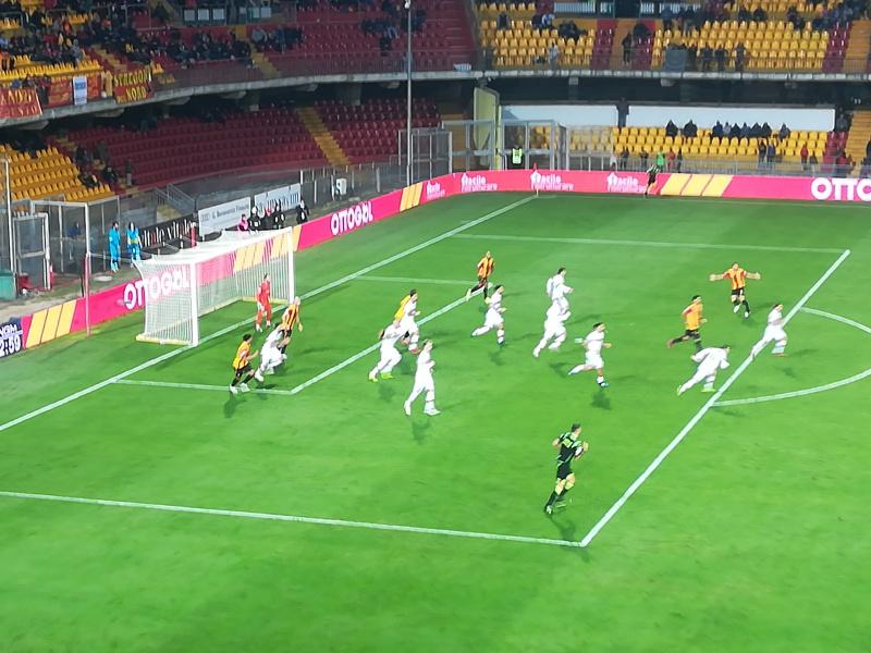 Il Benevento riparte liquidando la Cremonese con il classico 2 a 0