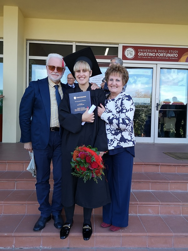 Ha conseguito la laurea Magistrale in Giurisprudenza Graziella Viglione, AUGURI !