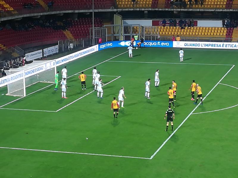 Il Benevento si sbarazza anche dell'Empoli e continua la sua fuga solitaria. Benevento 2  Empoli 0