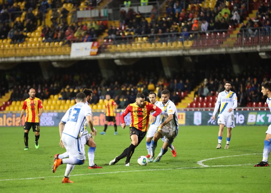 Anche il Frosinone si inchina alla forza del Benevento.