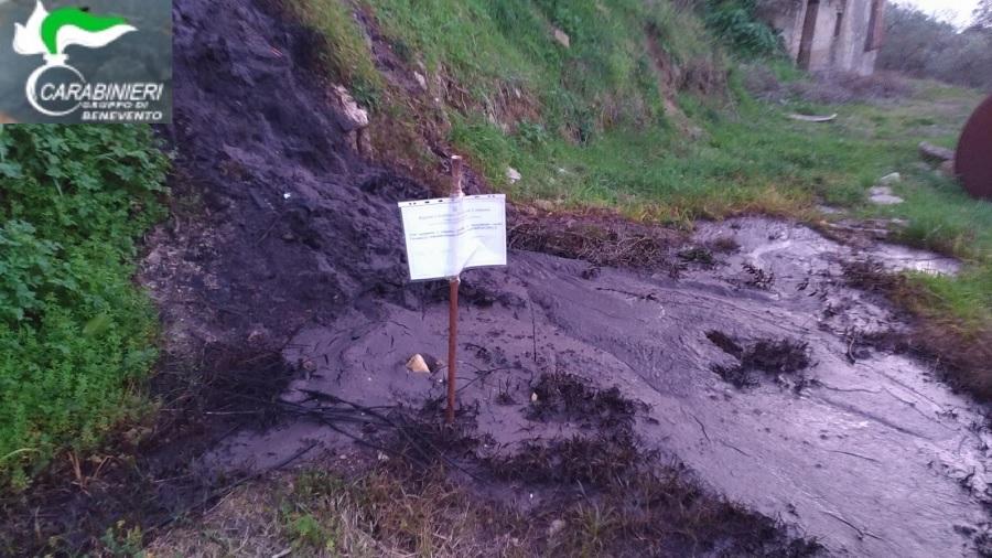 Apice, sversa residui di produzione nel terreno: denunciato titolare del Frantoio Oleario
