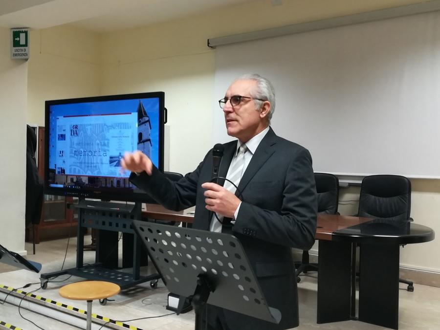 """La """"Dante Alighieri"""" commemora la Shoah con gli alunni del Giannone"""