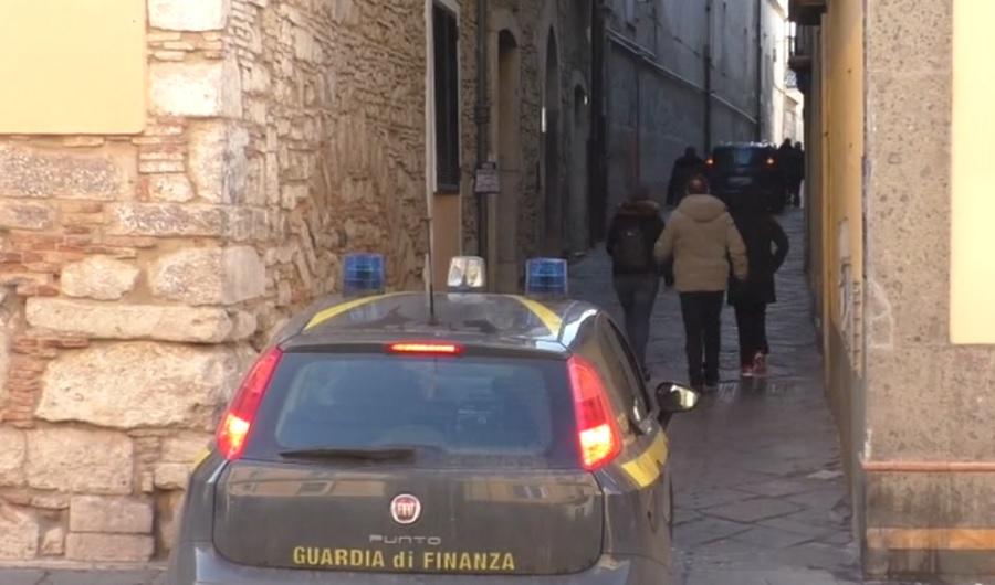 Benevento. Misure cautelari per 10 persone indagate per associazione a delinquere, truffa, reati tributari, riciclaggio e autoriciclaggio