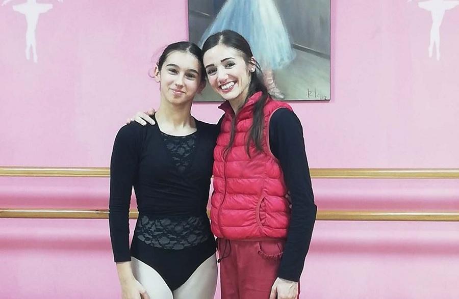 La ballerina caudina Lorenza Compare incontra Claudia D'Antonio prima ballerina del Teatro San Carlo