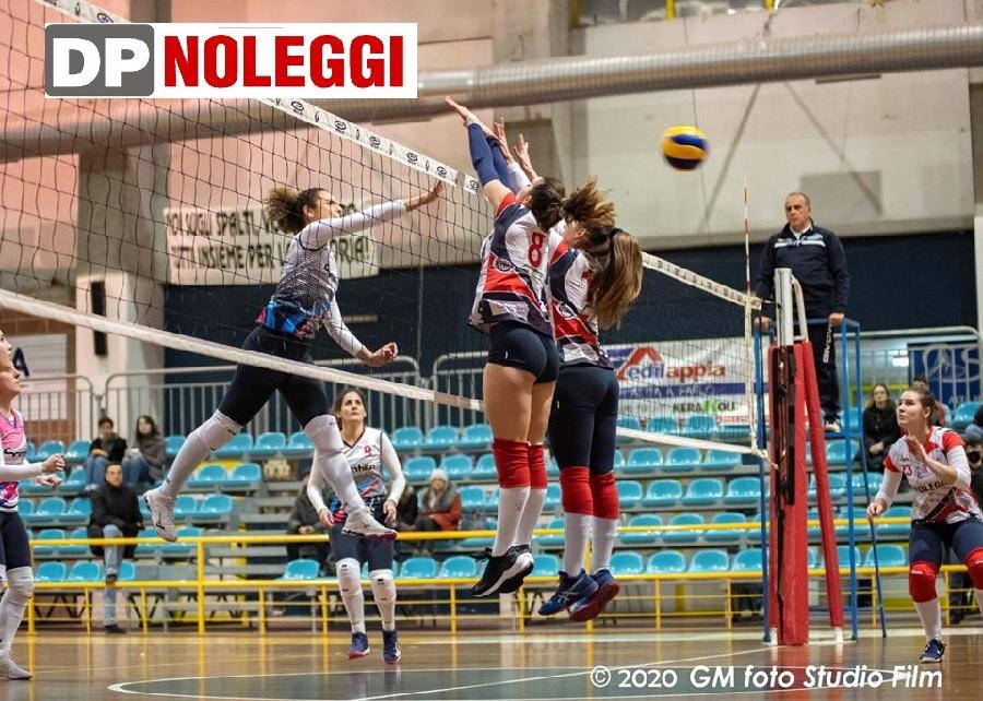 DP Noleggi SG Volley. Disco rosso contro  la Salerno Guiscards