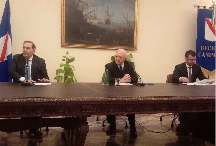 Pics e lavori alla Stazione Ferroviaria. Mastella e De Luca firmano accordo in Regione